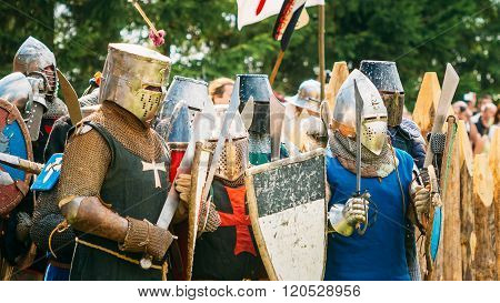 Historical restoration of knightly fights. The siege of wooden f