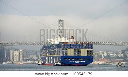 Cma Cmg Benjamin Franklin Departing The Port Of Oakland