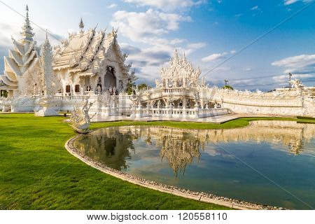 The Spectacular Temple Wat Rong Khun