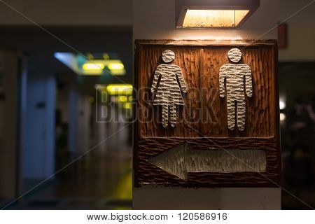 Wooden Toilet Signs With Icon Male And Female