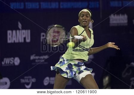 HUA HIN-DEC 31: World No.7 Tennis player Venus Williams of USA in action during a match of WORLD TENNIS THAILAND CHAMPIONSHIP 2016 at True Arena Hua Hin on December 31 2015 in Hua Hin Thailand.