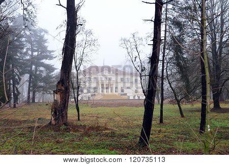 Savarsin Romania King House