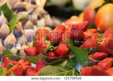 Strawberrys On Market
