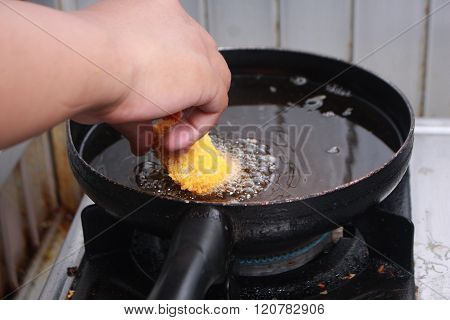 Deep Frying Tempura Chicken Nuggets