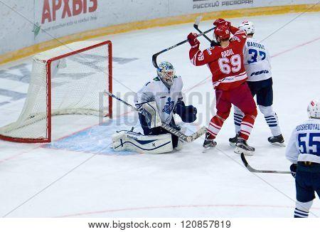 Lukas Radil (69) Score