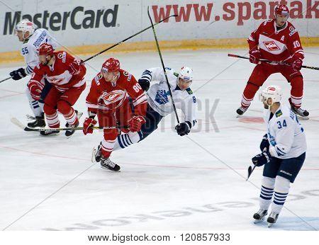 I. Levitsky (80) And A. Zemchyonok (8) Fall Down