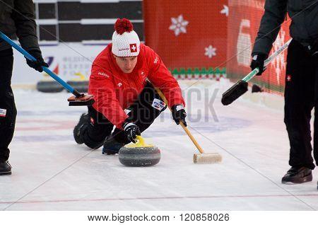 Curling Player Simon Gempeler