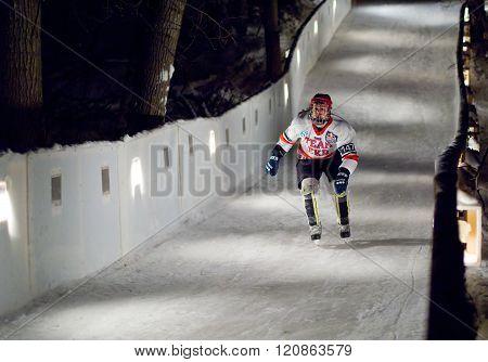 Sportsman Skate Downhill