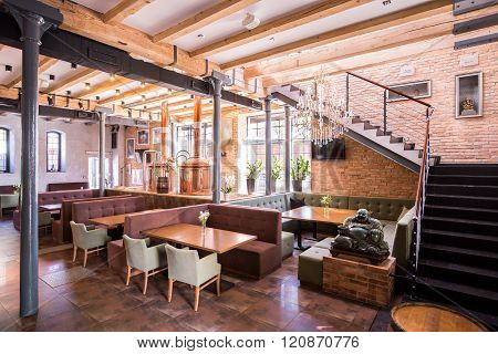 One-story Restaurant