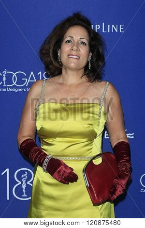 LOS ANGELES - FEB 23: Isis Mussenden at the 18th Costume Designers Guild Awards at the Beverly Hilton Hotel on February 23, 2016 in Beverly Hills, California