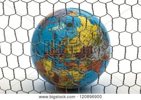close borders earth