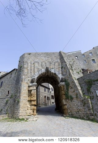 Porta (gate) In San Gimignano, Italy