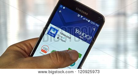 Yahoo Mail Mobile Applications.