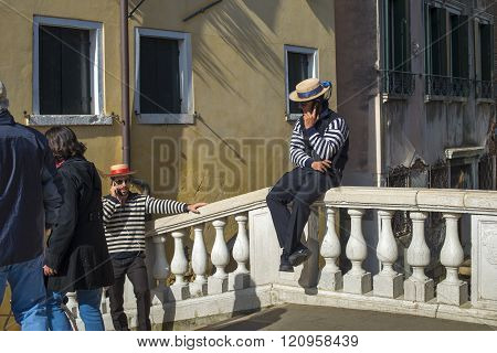Gondoliers On The Bridge