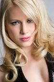 Постер, плакат: Блондинка женский портрет