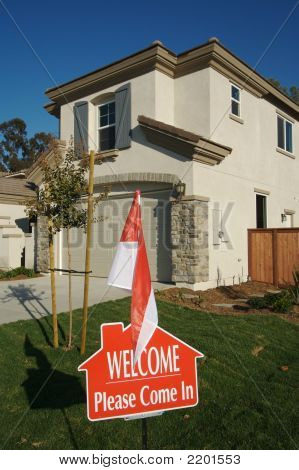 Welcome Please Come In Real Estate Sign