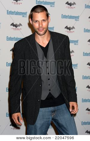 LOS ANGELES - JUL 23:  Justin Bruening arriving at the EW Comic-con Party 2011 at EW Comic-con Party 2011 on July 23, 2011 in Los Angeles, CA
