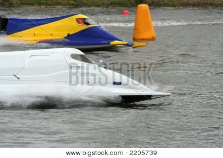 Speed Boats Racing