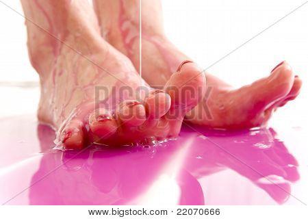 Messy Female Bare Feet