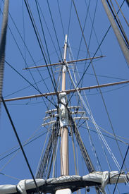 picture of uss constitution  - close view of masts and rigging of an old war ship - JPG