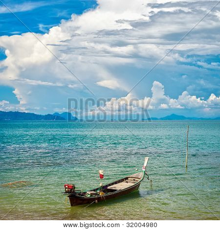 Thai Long Boat