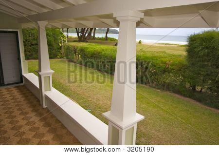 Oceanfront Lanai
