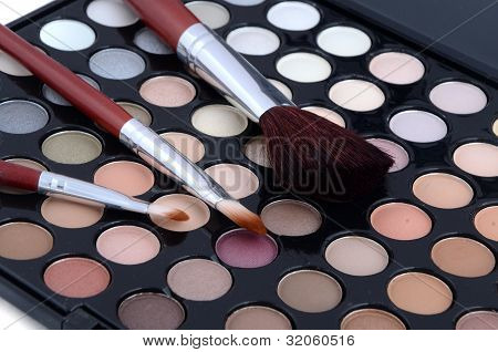 Make-up Brush And Powder Eye Shadows