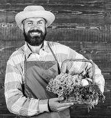 Farmer Straw Hat Deliver Fresh Vegetables. Farm Delivery Service Deliver Fresh Vegetables. Fresh Org poster