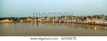 Ghats In Pushkar With Lake View