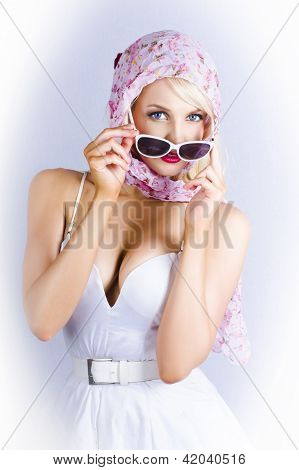 Vintage Blond Beauty In Pinup Fashion Accessories