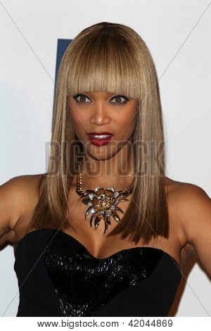 LOS ANGELES - FEB 9:  Tyra Banks arrives at the Clive Davis 2013 Pre-GRAMMY Gala at the Beverly Hilton Hotel on February 9, 2013 in Beverly Hills, CA