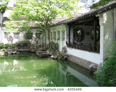The Lingering Garden (Liuyuan) In Suzhou, China