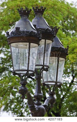 Traditional Street Light