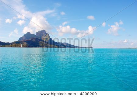 Bora Bora Lagoon And Mountain