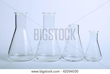 Utensílios de laboratório de vidro vazio