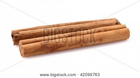 Two sticks of cannelle in closeup