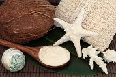 picture of coir  - Coconut spa products with cream - JPG
