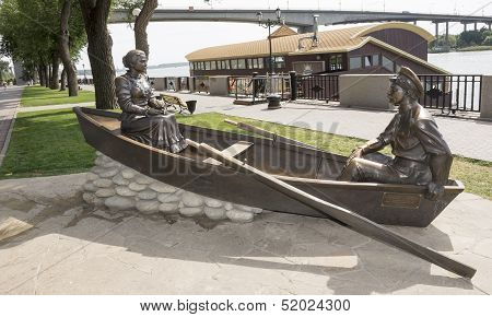 Rostov-on-don, Russia-august 24 - Sculpture Cossack And His Wife On The Waterfront In Rostov-on-don