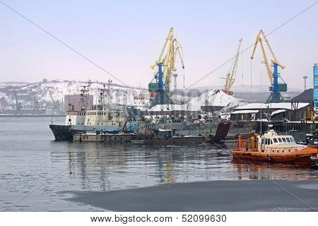 In Murmansk Port