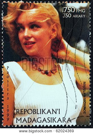 Marilyn Stamp From Madagascar-9