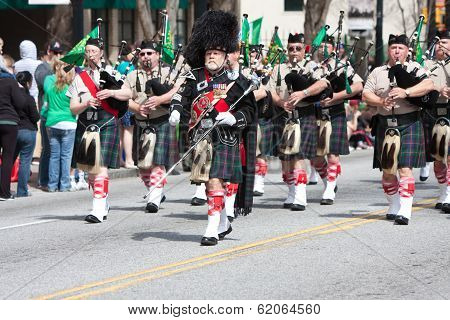 Bagpipes Corps Performs In St. Patrick's Parade