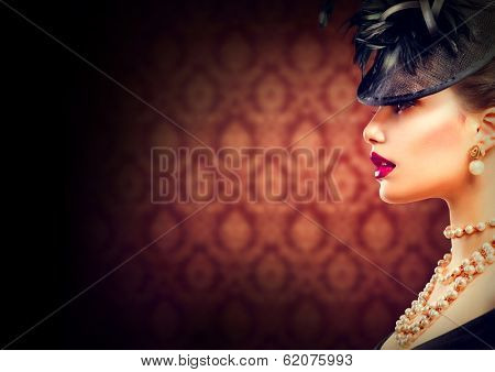 Retro Woman Portrait. Vintage Style Girl Wearing Old fashioned Hat. Retro Hairstyle and Make-up. Romantic lady profile portrait