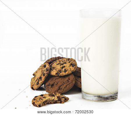 Milk glass  and cookies