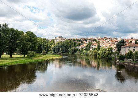 Allier River In Pont-du-chateau (france)