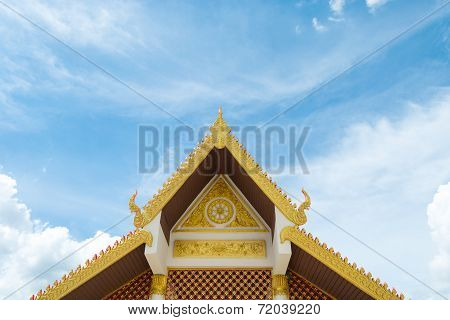 Gable Roof  Art  With Carvings