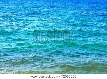 Waves of tropical sea