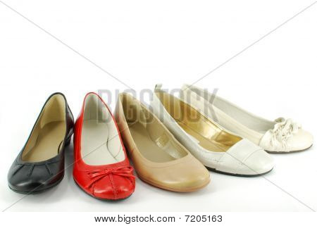 different woman ballet flat shoes