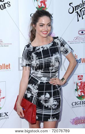 LOS ANGELES - SEP 13:  Caitlin Carver at the 2014 Brent Shapiro Foundation Summer Spectacular at Private Residence on September 13, 2014 in Beverly Hills, CA