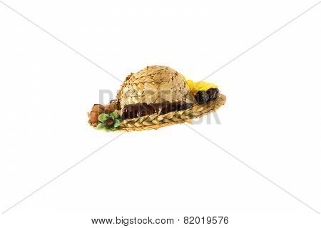 Straw Hat With Nuts