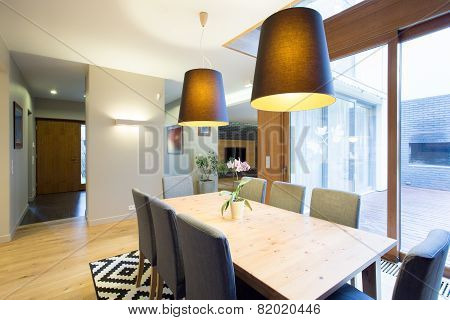Modern Dinning Room In Spacious House
